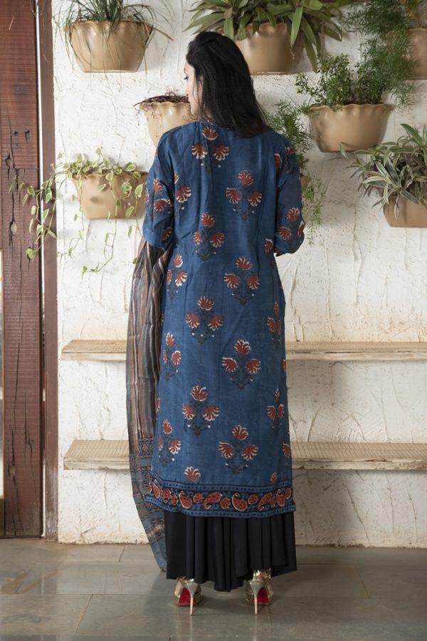 Indigo stitched Chanderi kurta set with leaf motif