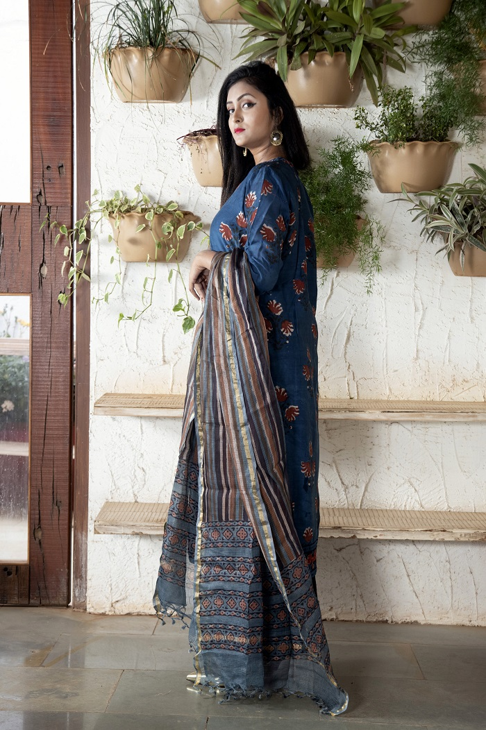 Indigo stitched Chanderi kurta set with leaf motif