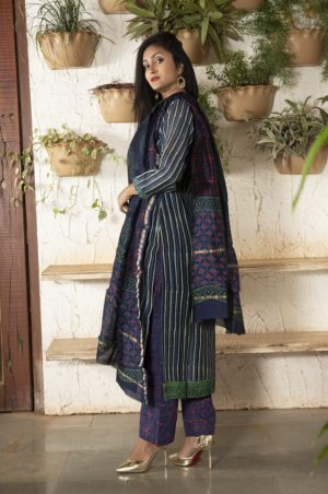 Turquoise blue stitched Chanderi kurta set with pleated sleeves